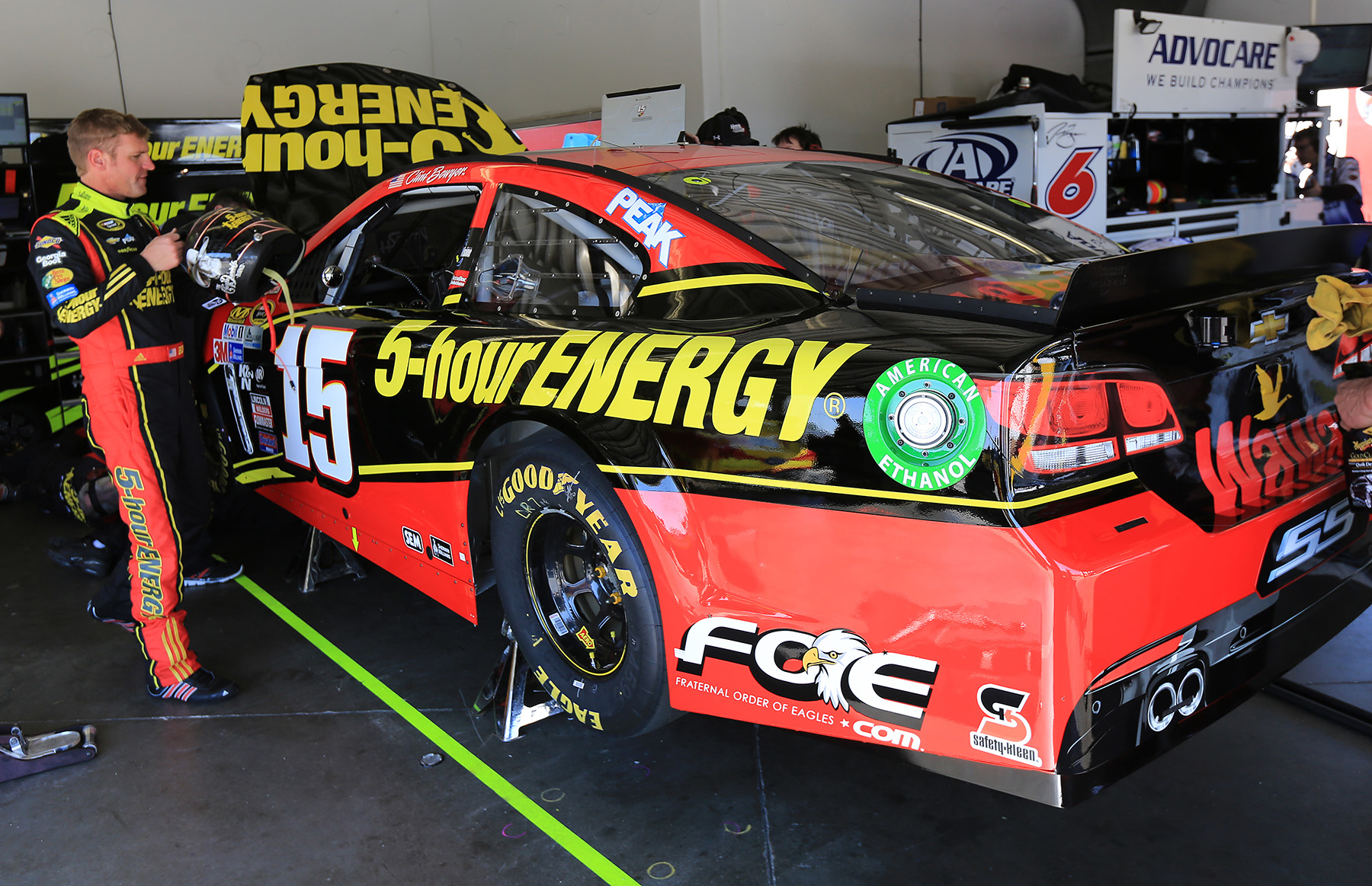 Eagles To Sponsor Clint Bowyer, HScott Motorsports in 2016